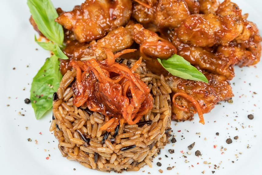 Pork in sauce with brown rice
