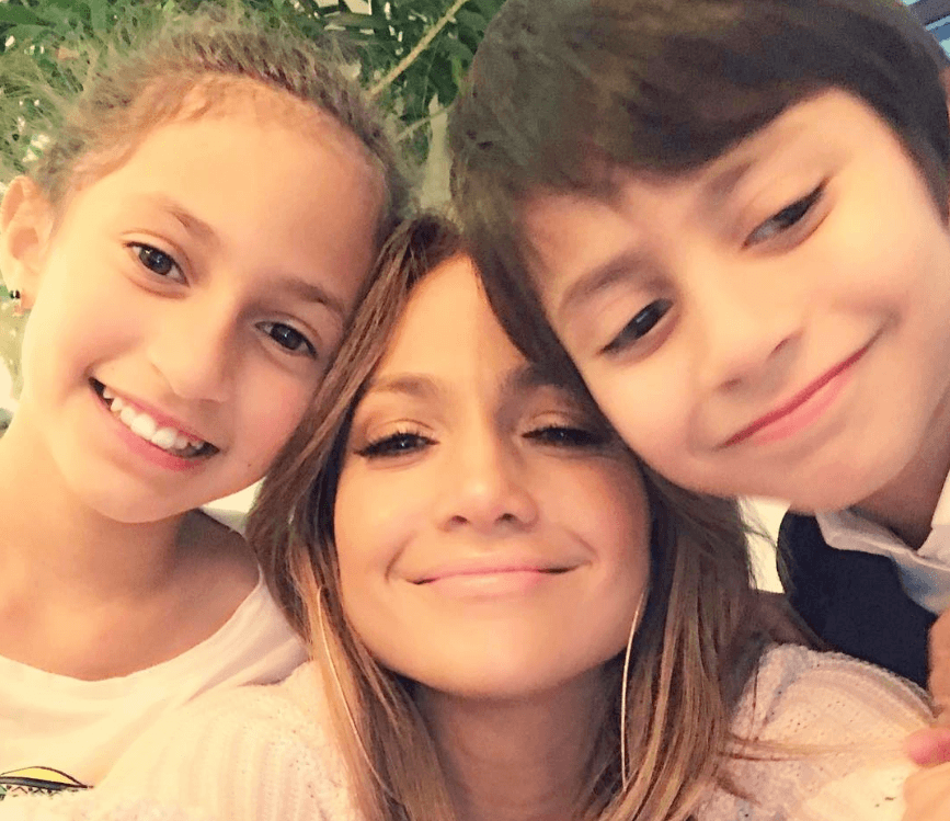 Jennifer Lopez takes a selfie with her twins Emme and Max