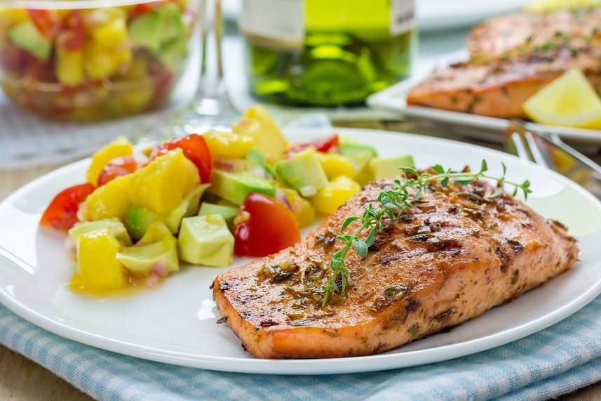 Spice grilled salmon