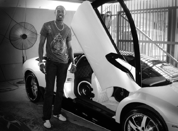 Aroldis Chapman with his custom Lamborghini