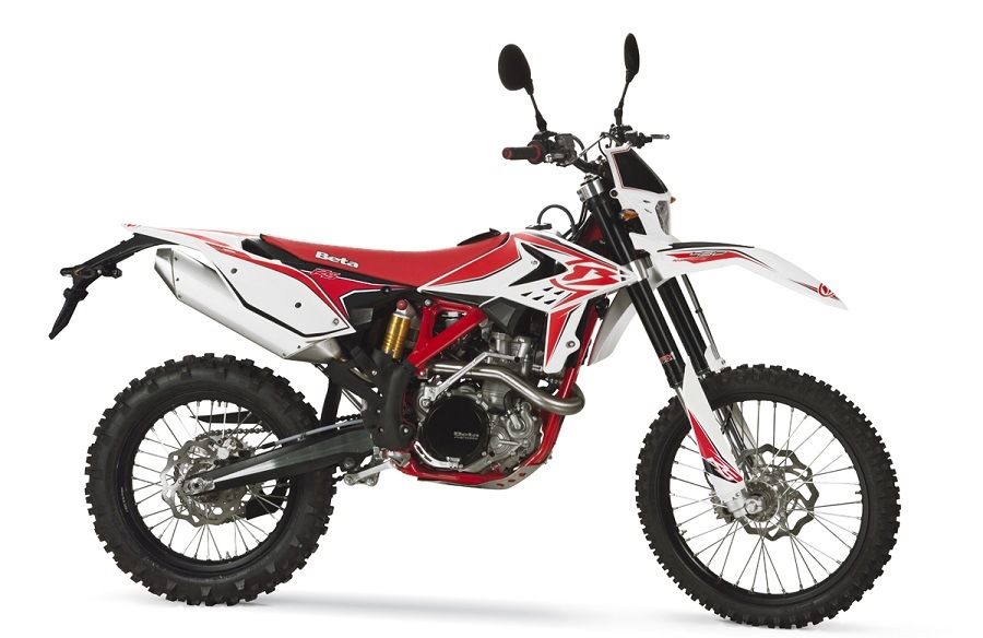 Side view of Beta 450 RS dirt bike