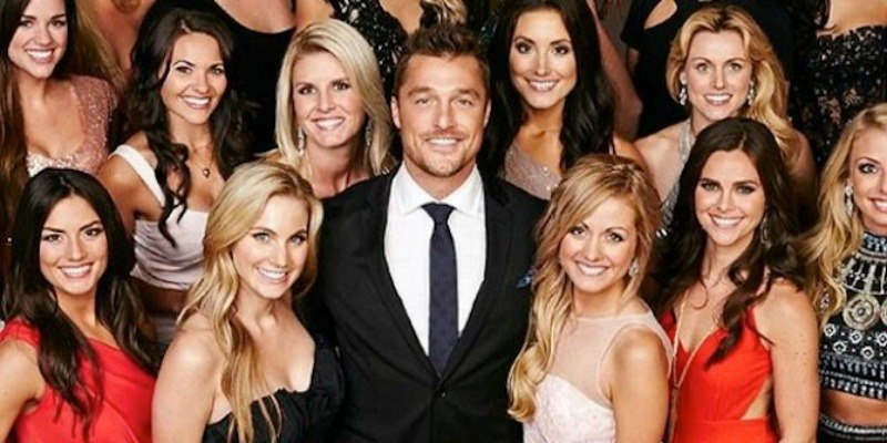 Chris Soules poses with many women on The Bachelor.