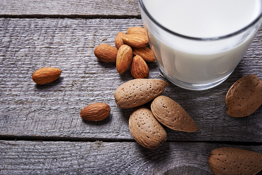 almond milk and almond seeds