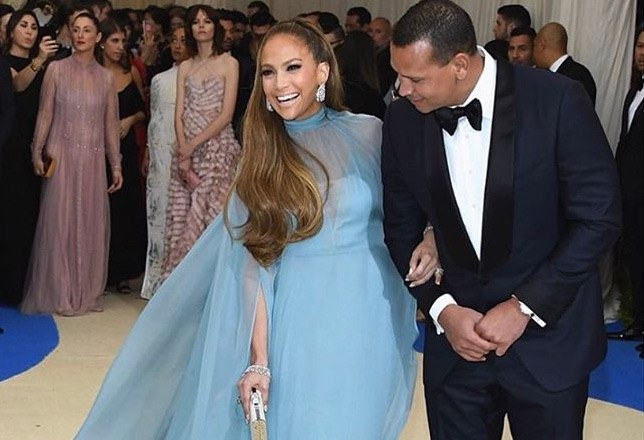 Jennifer Lopez and Alex Rodriguez pose at the Met 2017 red carpet