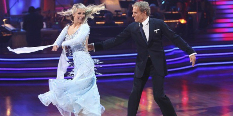 Chelsie Hightower twirls into Michael Bolton on Dancing with the Stars.