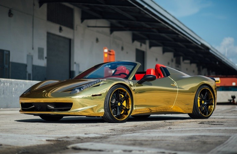 Gold Ferrari 458 Italia custom made for Seattle Mariners star Robinson Cano
