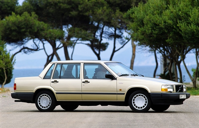 View of late 1980s Volvo 740 GLE sedan