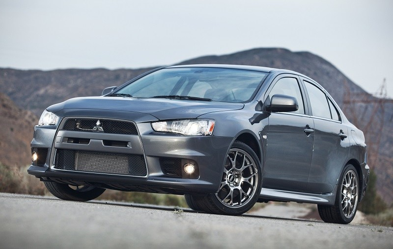 Front three quarter shot of 2014 Mitsubishi Lancer