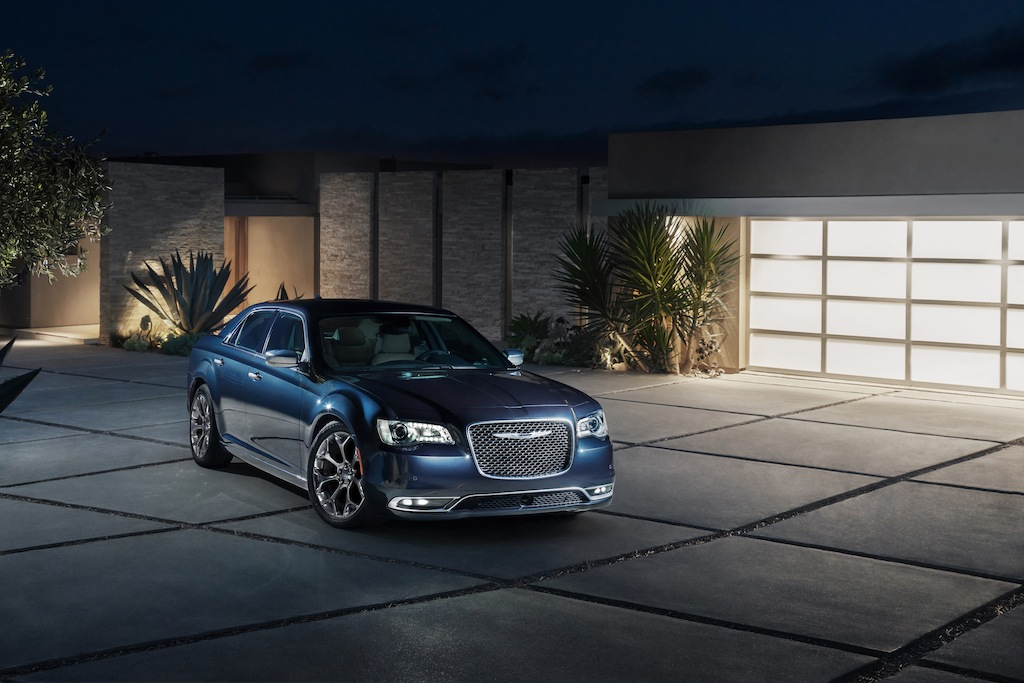 2017 Chrysler 300C Platinum