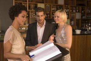 Restaurant Etiquette: Here Are All The Things Restaurant Employees Hate to See You Do