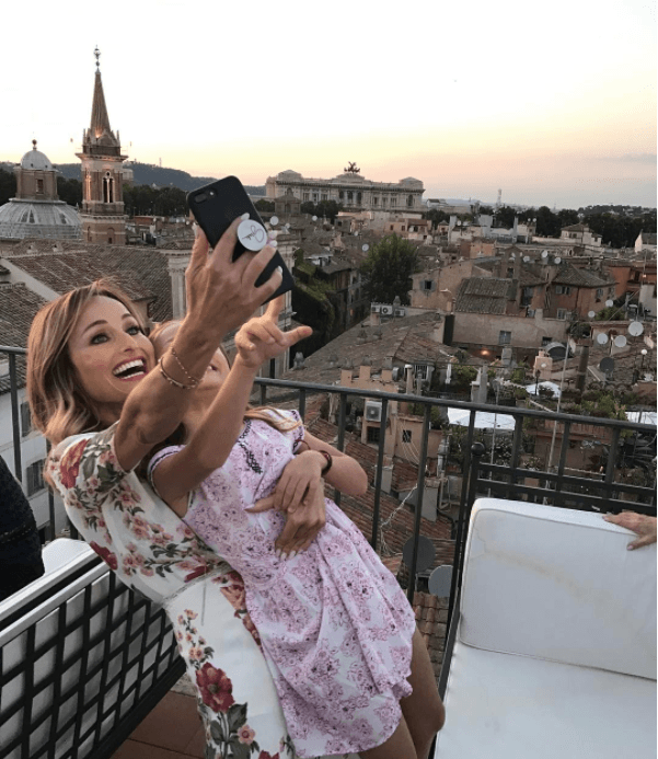 Giada de Laurentiis and her daughter, Jade, vacation in Italy.