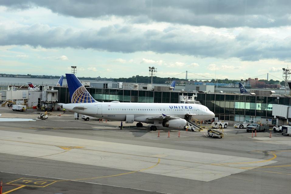 United aircraft at Laguardia Airport