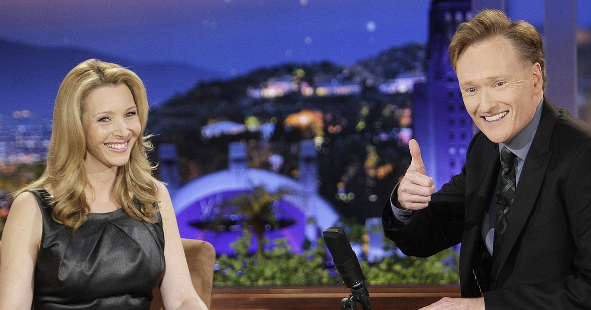 Lisa Kudrow and Conan O'Brien talk on Conan