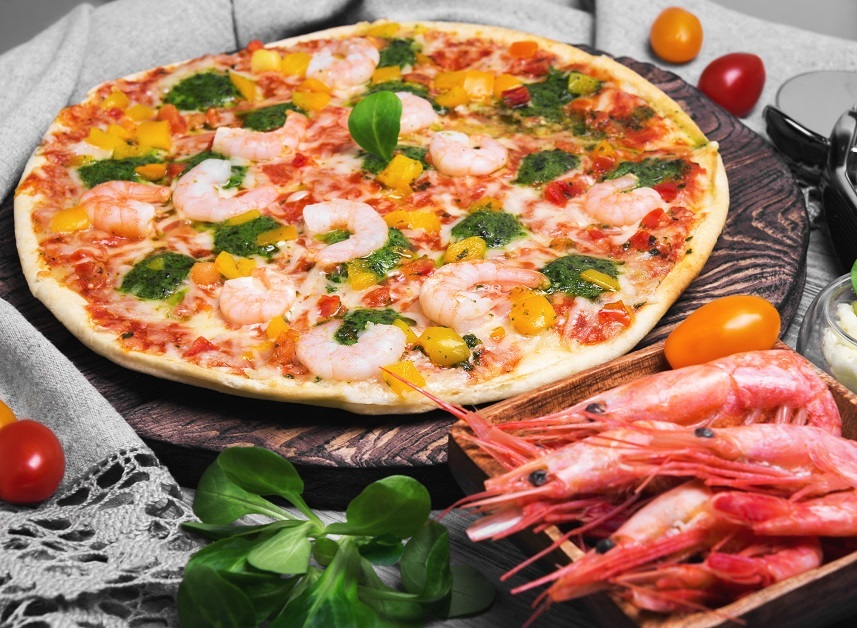 Pizza with shrimps