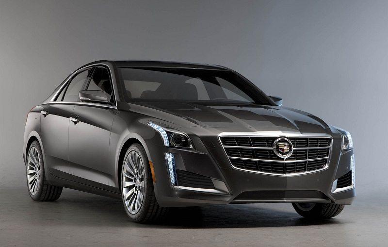 Passenger side front three-quarter view of 2014 Cadillac CTS sedan