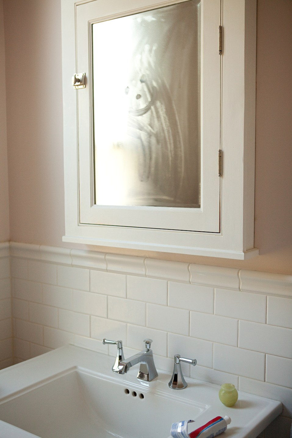 Refresh Your Bathroom On a Budget: These Easy Changes Will Cost You ...
