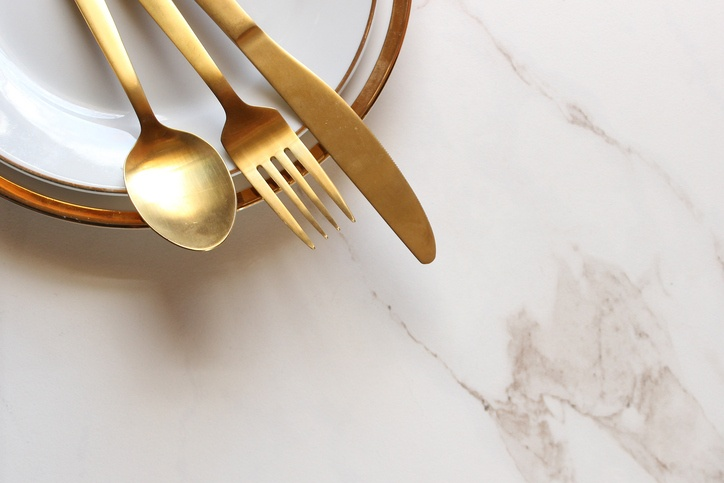 Modern gold and white place setting frames