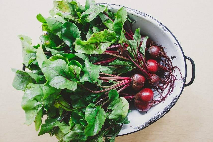 Beet greens are high in protein and low in carbs.