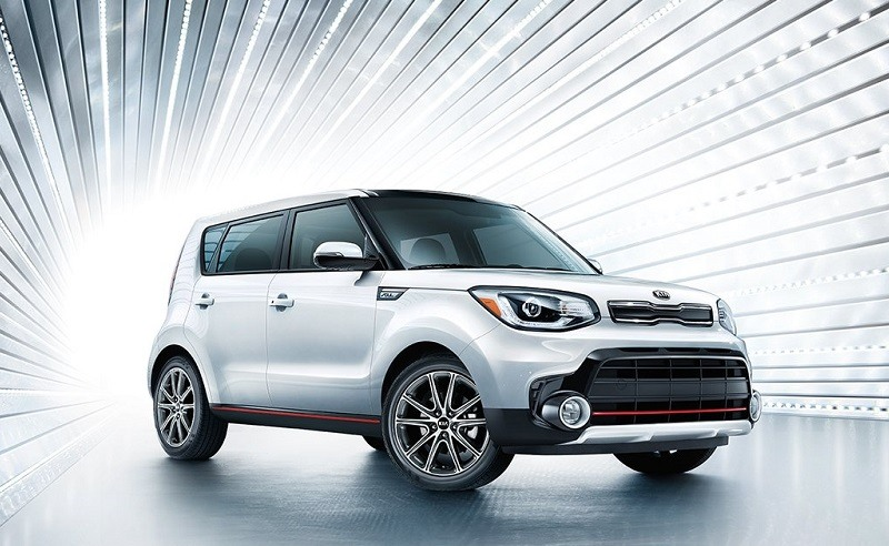Promo shot of white 2017 Kia Soul
