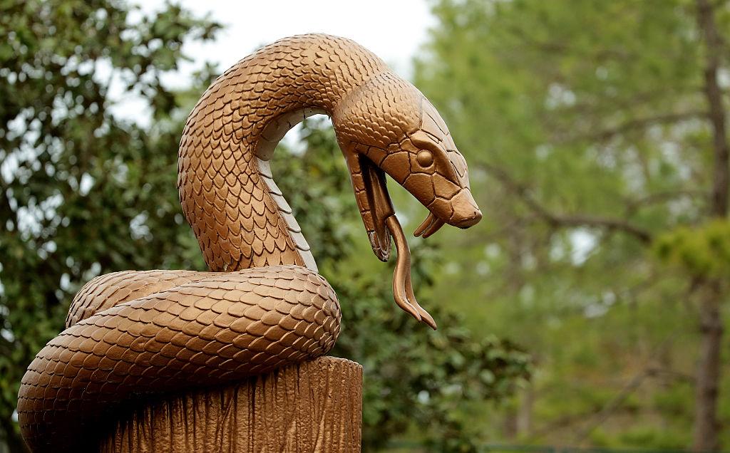 A copperhead statue
