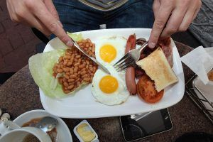 A Typical Breakfast in France and 10 Other Countries