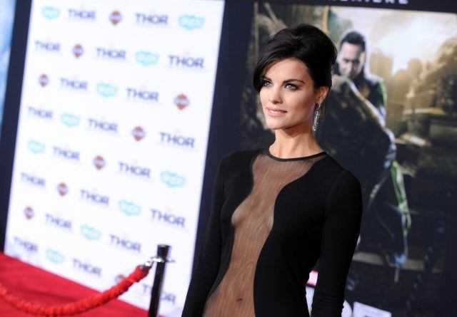 "Actress Jaimie Alexander arrives at the premiere of Marvel's ""Thor: The Dark World"" at the El Capitan Theatre on November 4, 2013 in Hollywood, California."