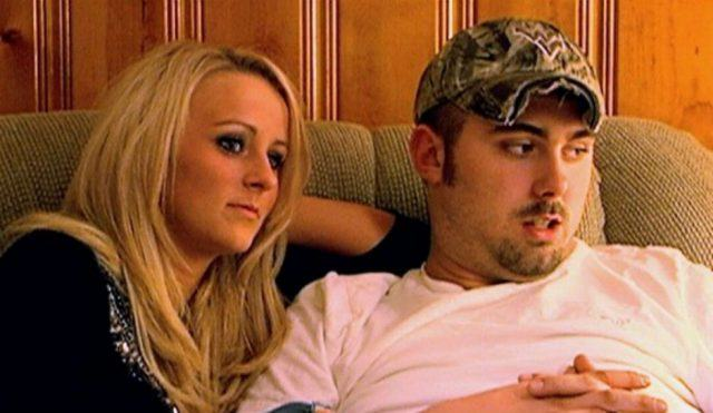 Leah Messer and Corey Simms sitting next to each other.