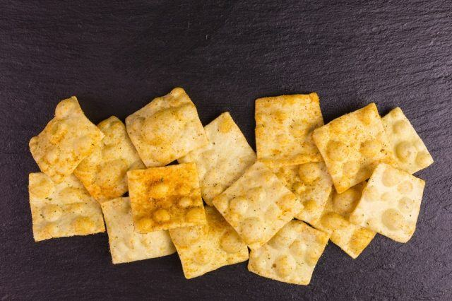 Lentil chips are a healthy alternative to potato chips.