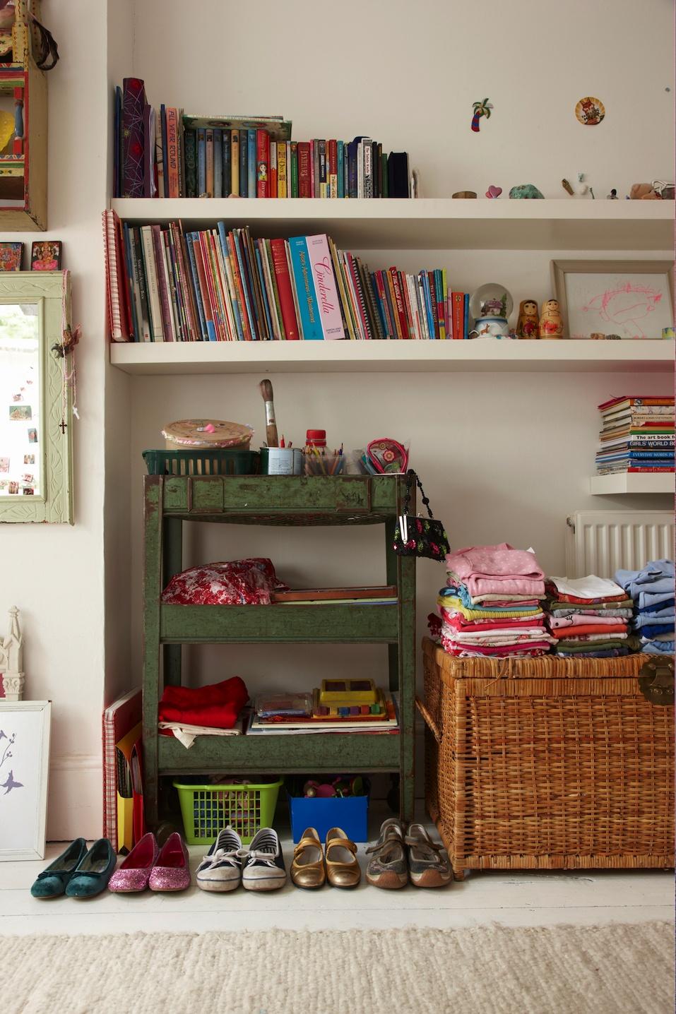 tidy childs bedroom