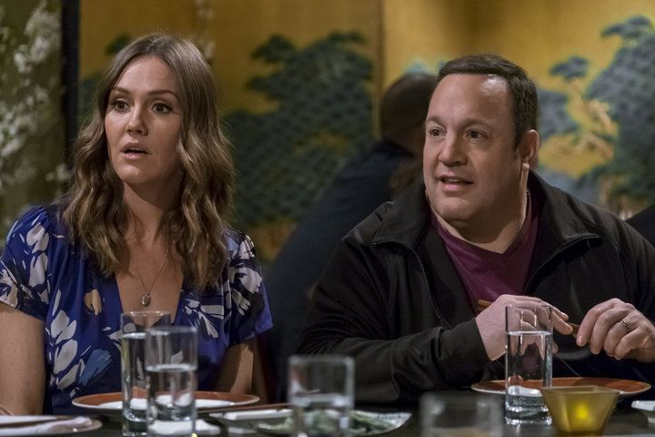 Erinn Hayes sits next to Kevin James at a table in Kevin Can Wait Season 1