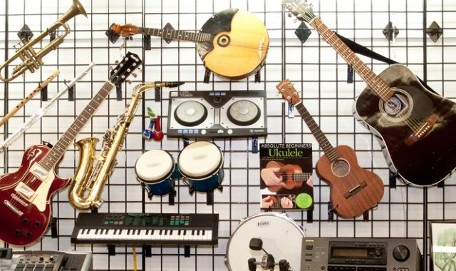 musical instruments and electronics at Unclaimed Baggage Center