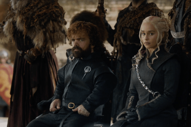 Tyrion sits next to Daenerys in Dragonpit.