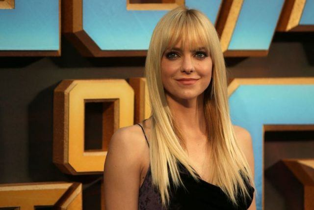 Anna Faris poses for photos at a movie premiere in Europe.