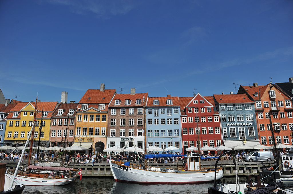 Coulourful houses and boats can be seen in the Nyhavn district in Copenhagen