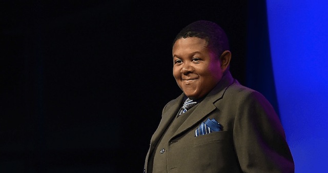 Emmanuel Lewis stands at the Music Hall of Fame awards in 2015.