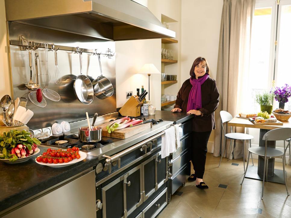 Ina Garten cooks in Paris