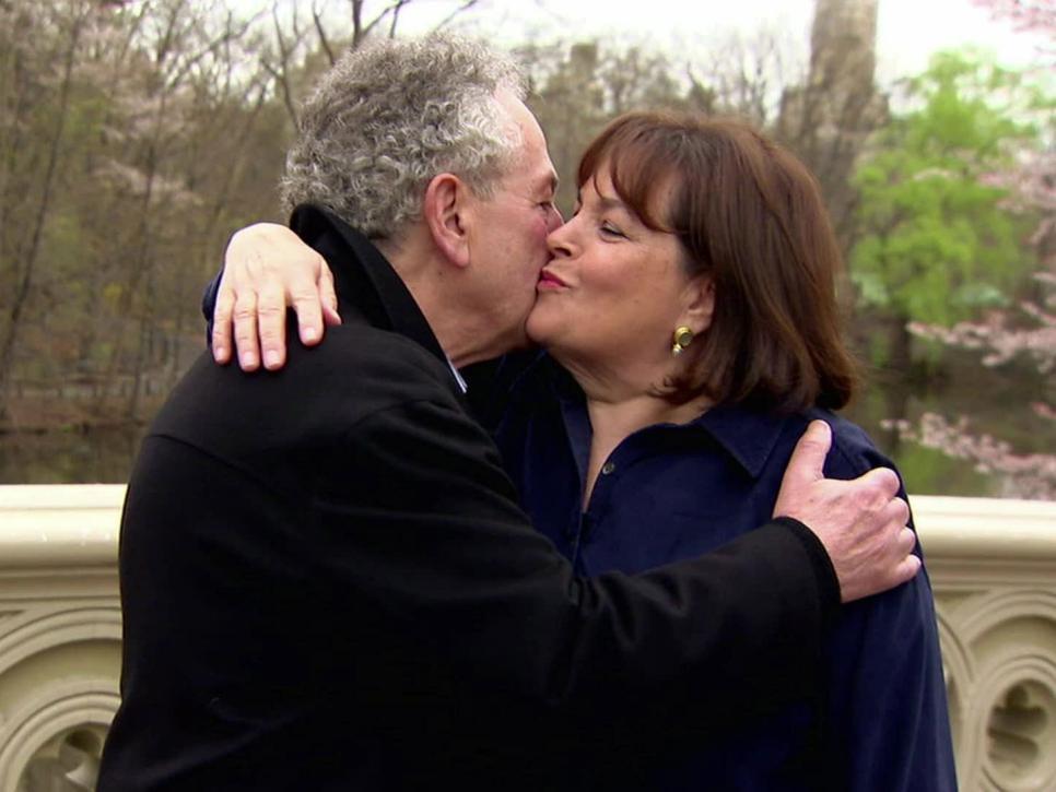 Ina Garten kisses her husband, Jeffrey