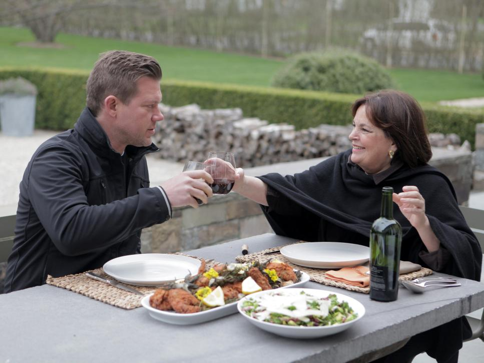 Ina Garten serves a meal outdoors