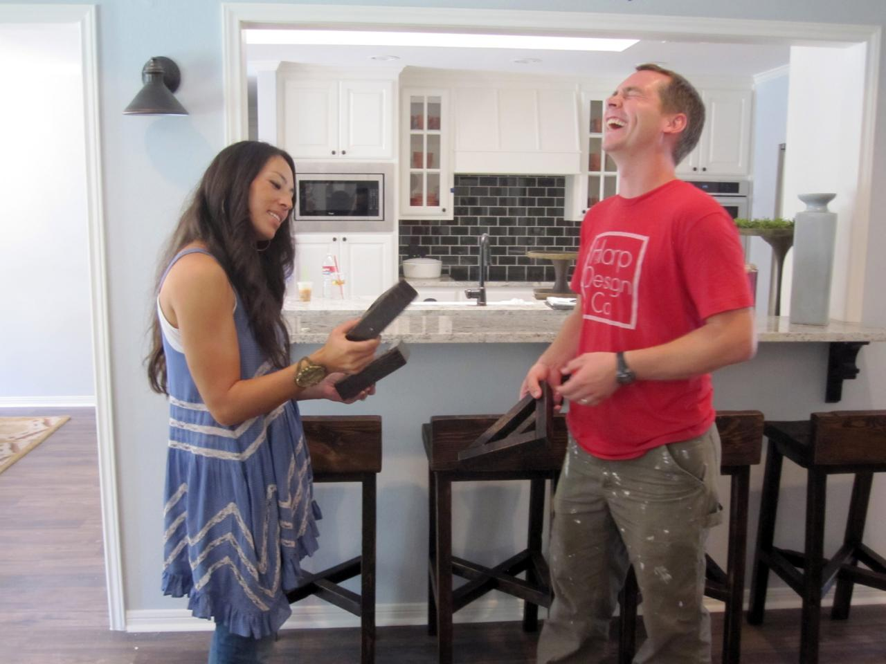 Joanna Gaines enlists Clint Harp's help on HGTV's 'Fixer Upper'