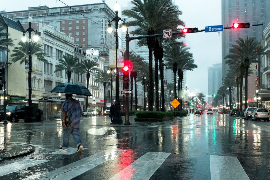 Rain from Harvey Hits New Orleans