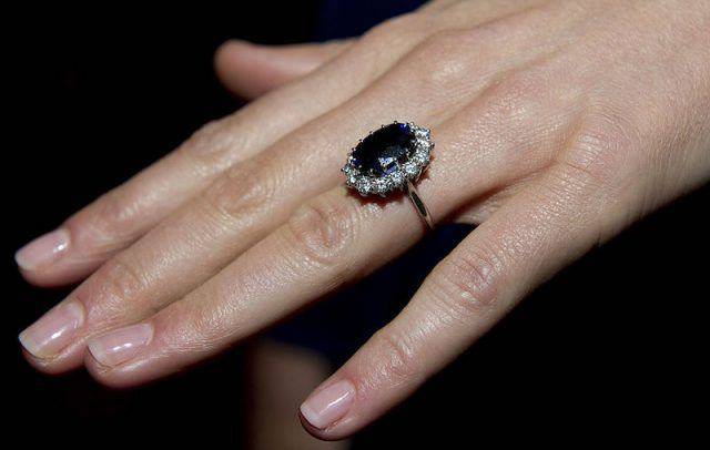Kate Middleton wearing her engagement ring.