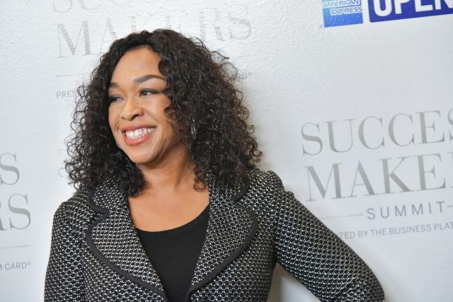 Shonda Rhimes attending a red carpet event for the Success Makers Summit