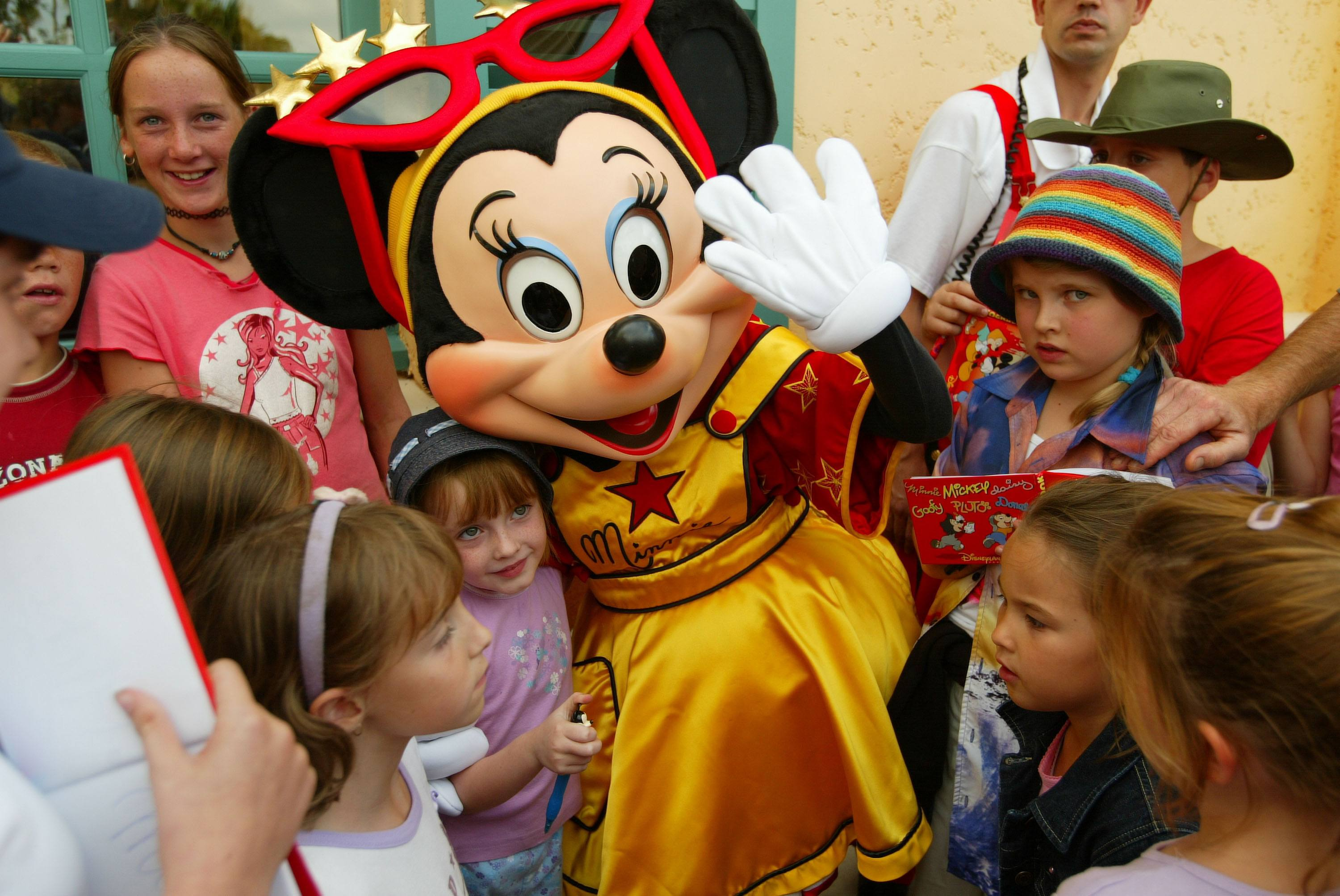 Minnie Mouse meet and greet with kids