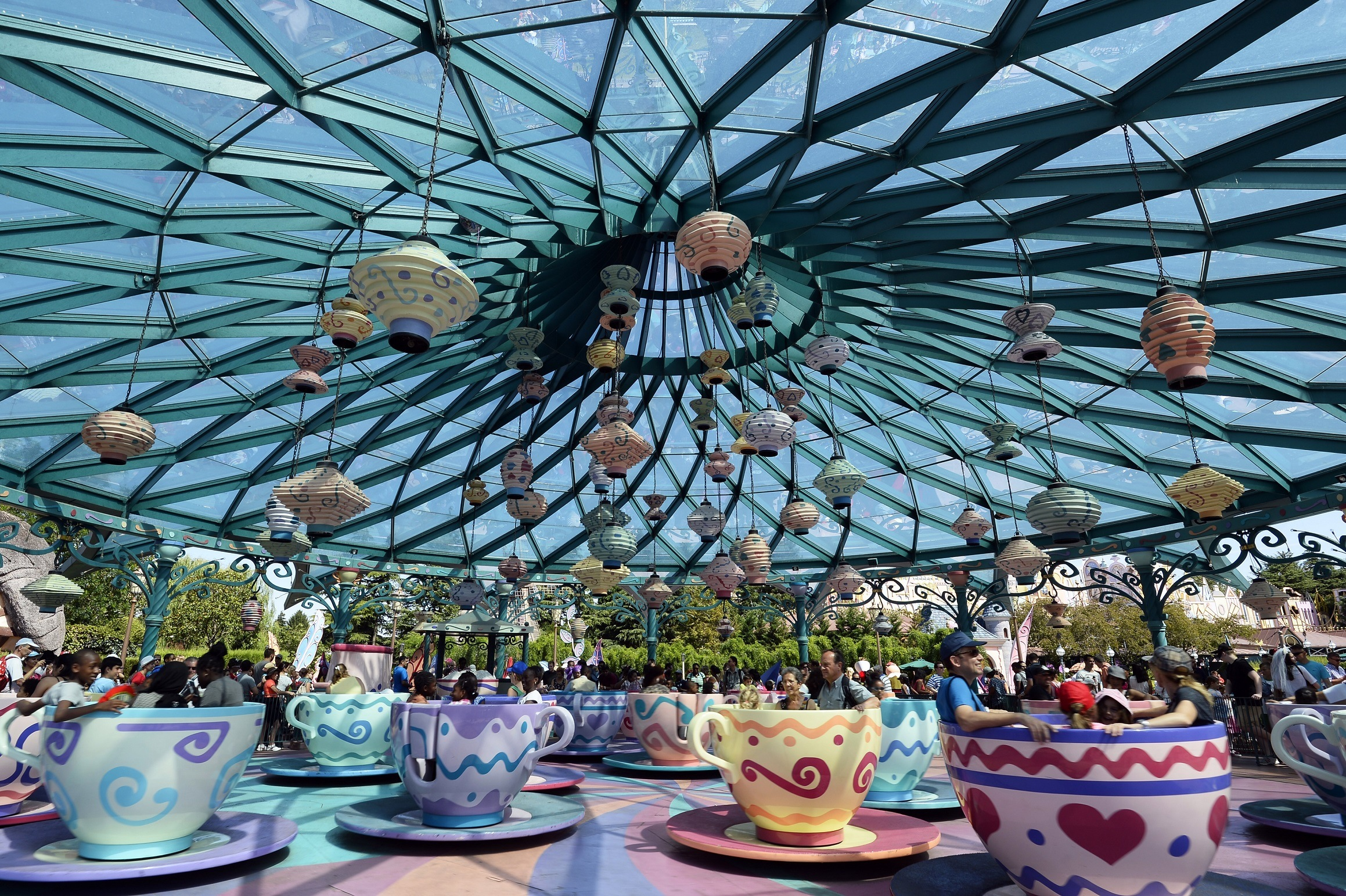Spinning Teacups at Disney Paris