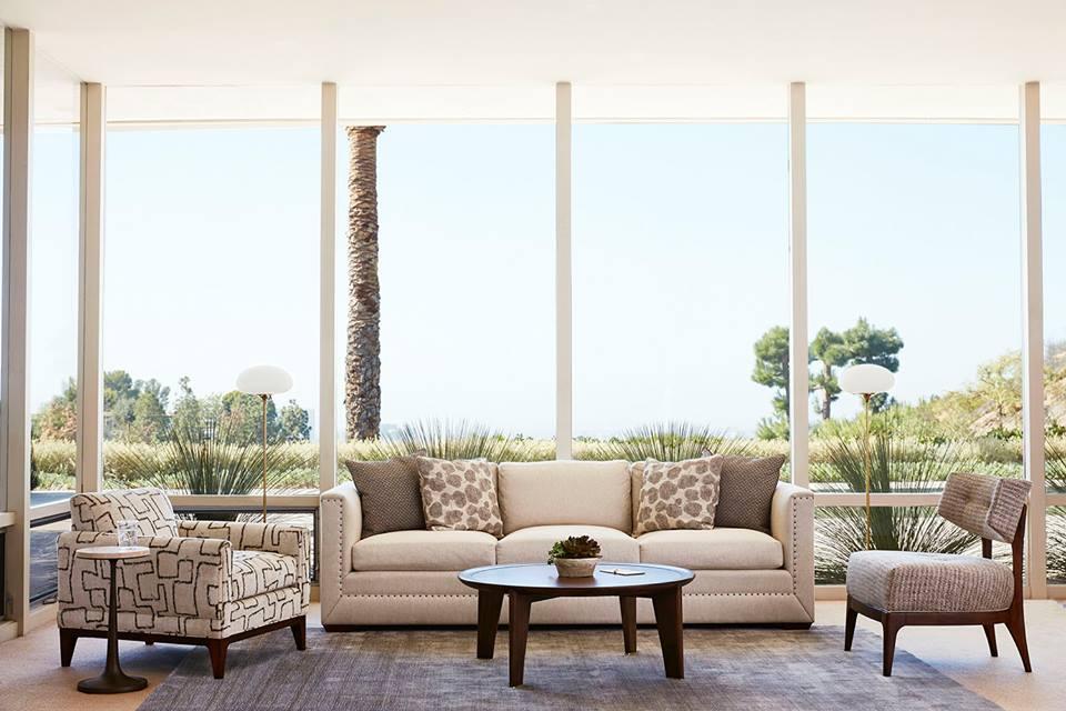 Ellen DeGeneres and 7 Other Celebrities With Incredible  : ellen degeneres sofa from www.cheatsheet.com size 960 x 640 jpeg 76kB