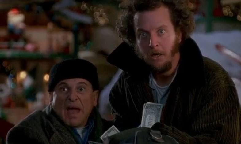 Harry and Marv, experts in both robbery and burglary, in the movie 'Home Alone'