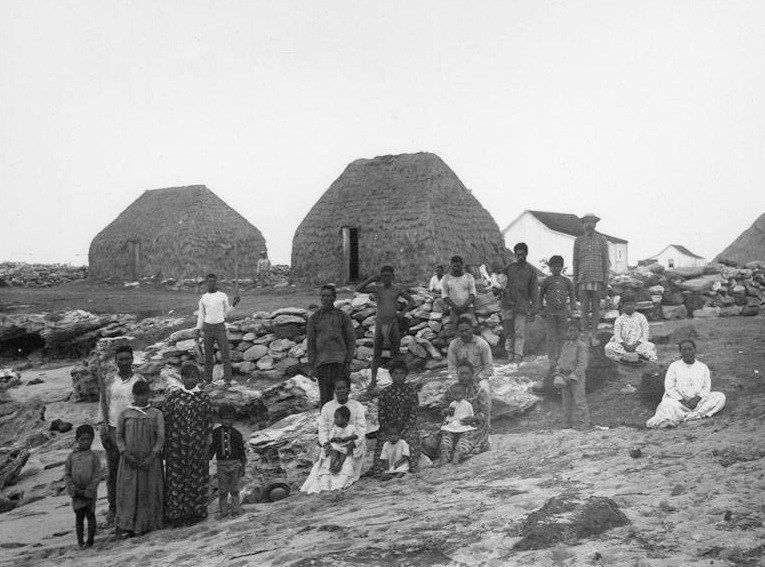 Locals in Niihau photographed in 1884