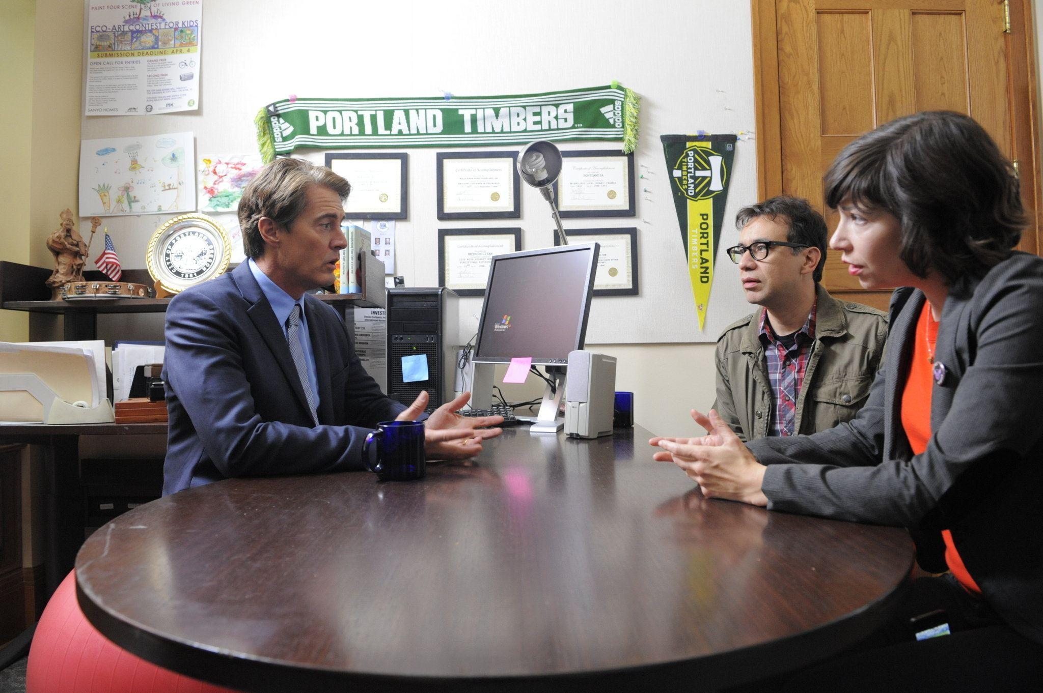 Two fictional Portland residents meet with their fictional mayor on 'Portlandia'