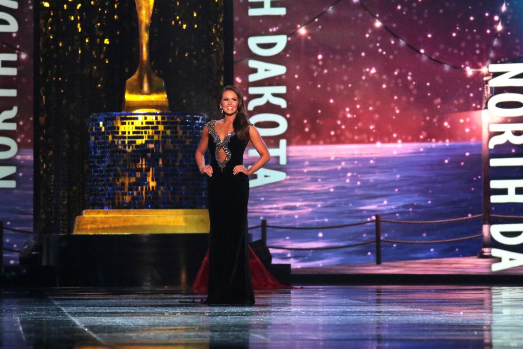 Miss North Dakota Cara Mund in Evening Wear Challenge