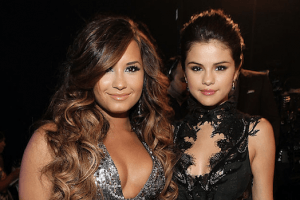Iconic Celebrity Friendships That Bit the Dust